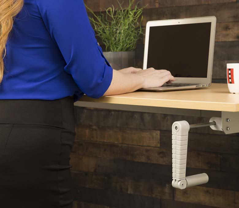 2018 Trends Hand Crank Height Adjustable Sit Stand Desks MultiTable